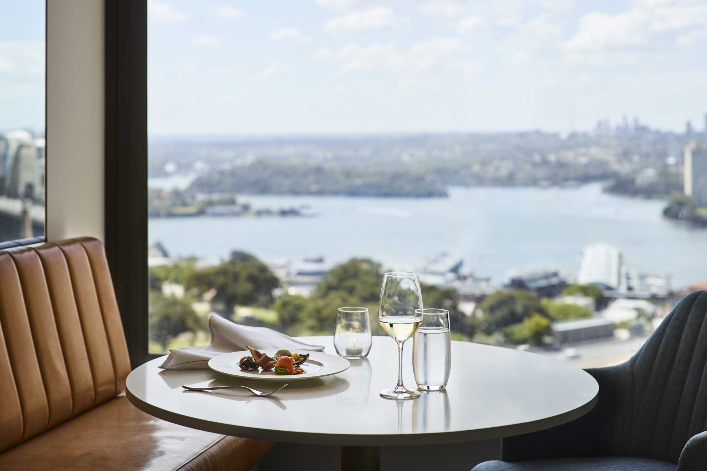 Taffy Design - Lounge 32 Four Seasons Hotel Sydney